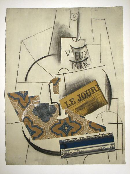 Bouteille de Vieux Marc, Verre et Le Journal