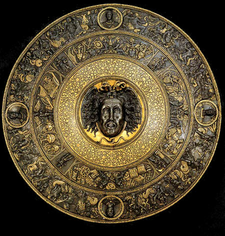 filippo-negroli-embossed-pageant-shield-with-medusa-1541-km-vienna