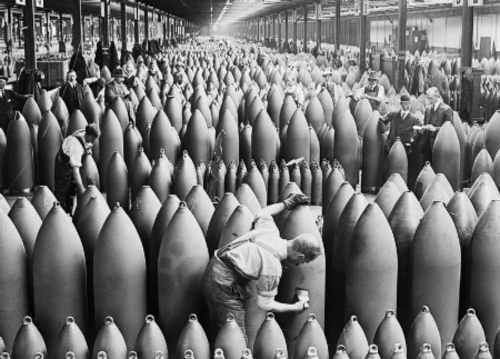 Munition workers painting shells at the National Shell Filling Factory No.6, Chilwell